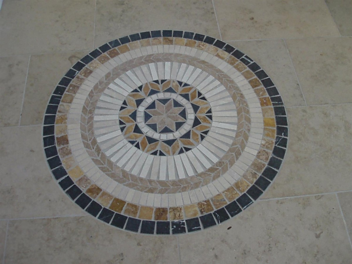 Marble mosaic set in a Jura flooring